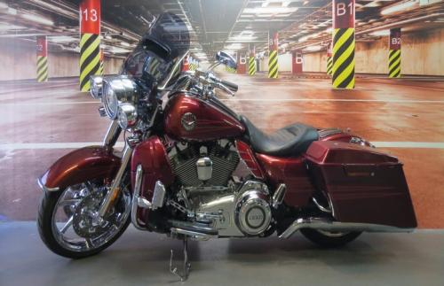 TOURING ROAD KING CVO